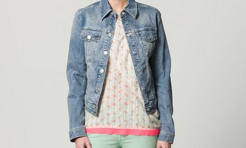 Moderne jeansjacken